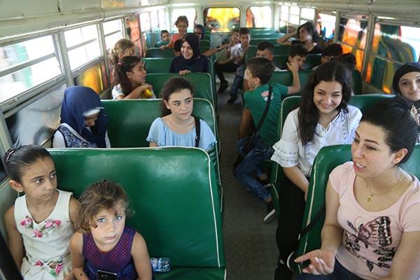 Arts-Bus-Caravan-Lebanon4